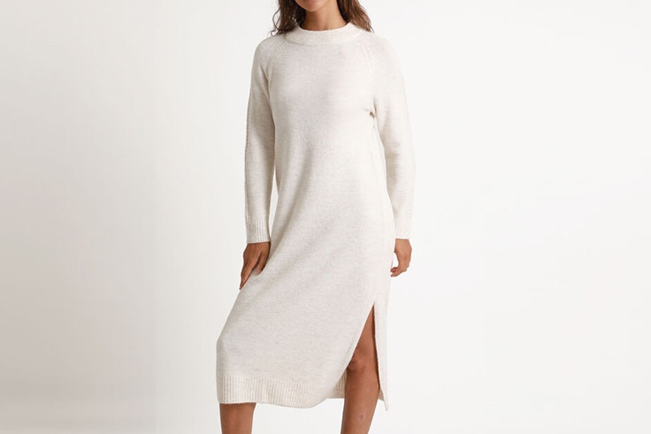 Vestido tipo jersey largo de punto color crudo de pimkie vestidos de invierno