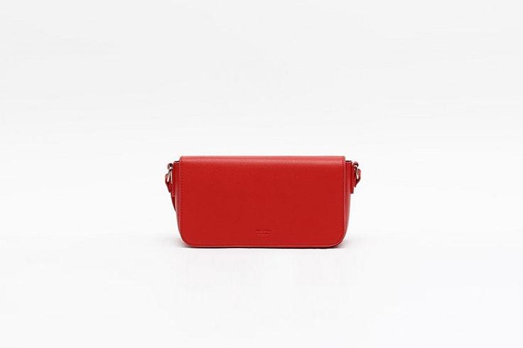 bolso rojo mediano de misako San Valentín
