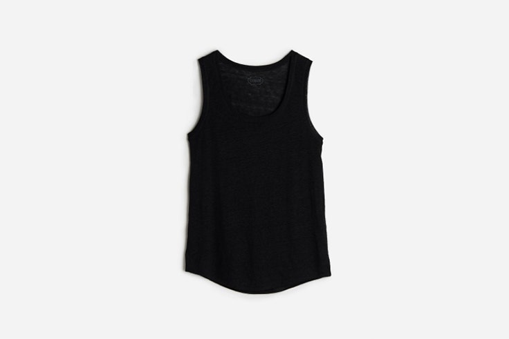 camiseta de lino con tirantes anchos de intimissimi looks de deporte