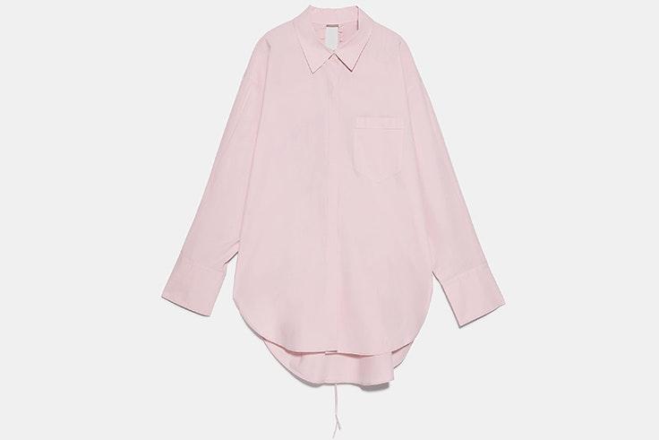 Camisa rosa oversize confeccionada en popelín novedades de zara primavera verano