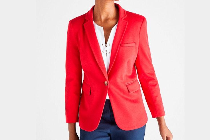 Chaqueta americana en color rojo de Cortefiel