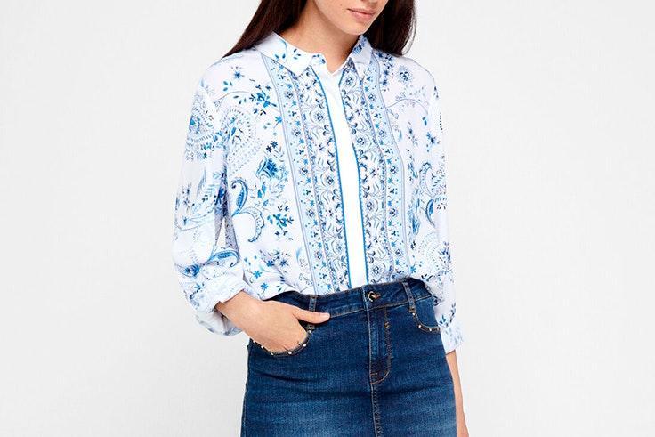 Camisa con estampado de flores de Cortefiel
