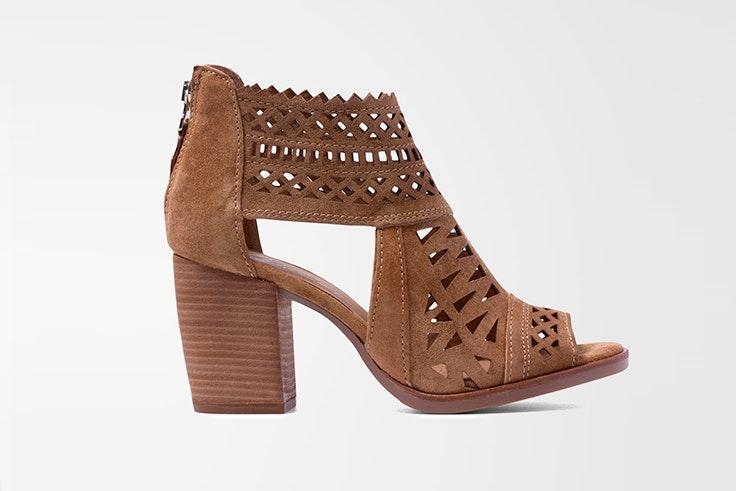 Sandalia de tacón en color marrón de Vas