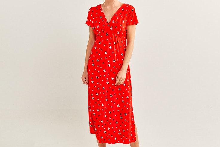 vestidos para verano Vestido rojo con estampado de flores de Pimkie