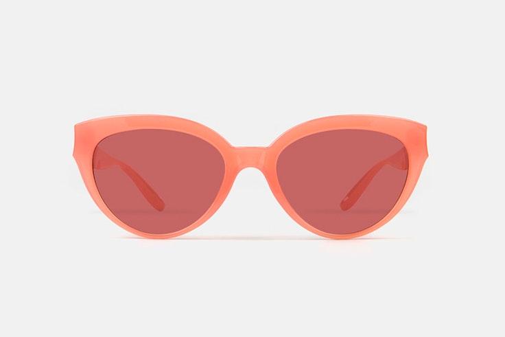 Gafas de sol rosas de Multiópticas