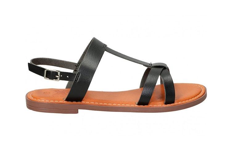 Sandalias planas en color negro de Xti. Disponibles en la zapatería Loogo