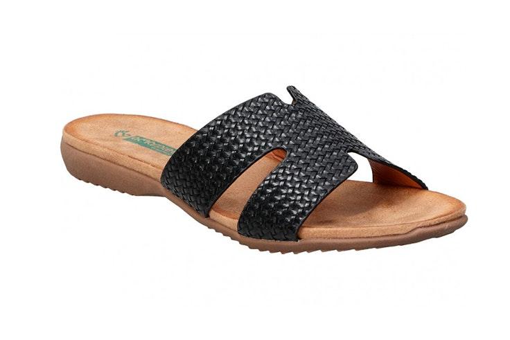 Sandalias planas en color negro de Loogo