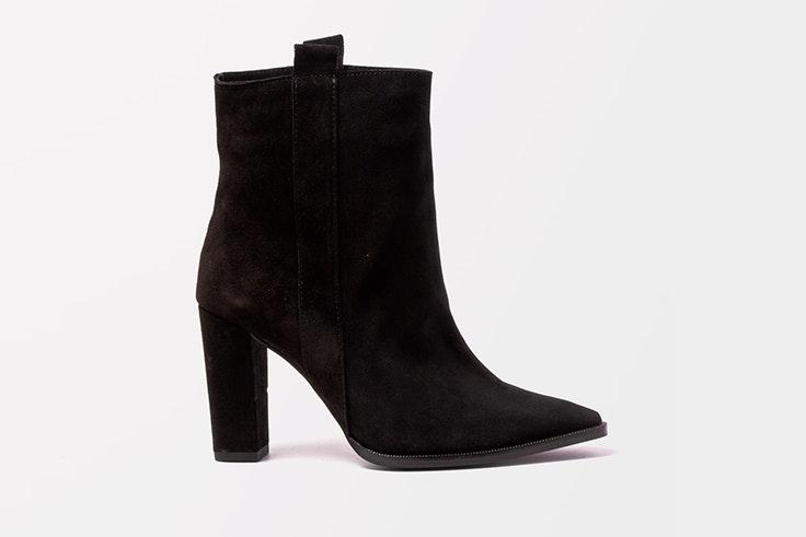 Botines negros de tacón de la zapatería Vas