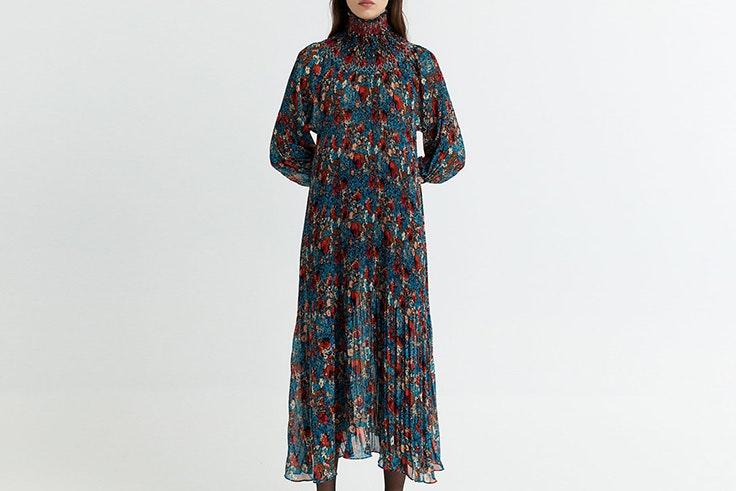 Vestido largo con estampado de flores de Sfera vestido de Lucía Bárcena
