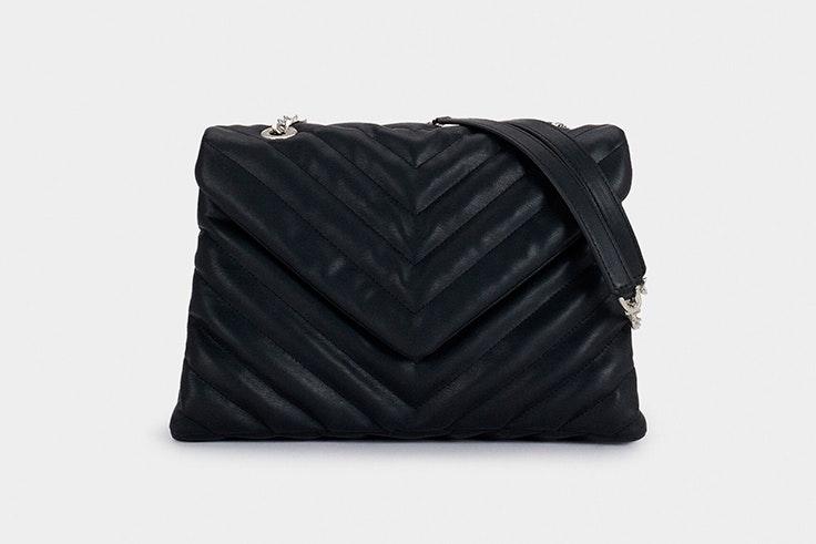 Bolso negro acolchado de Paco Martínez