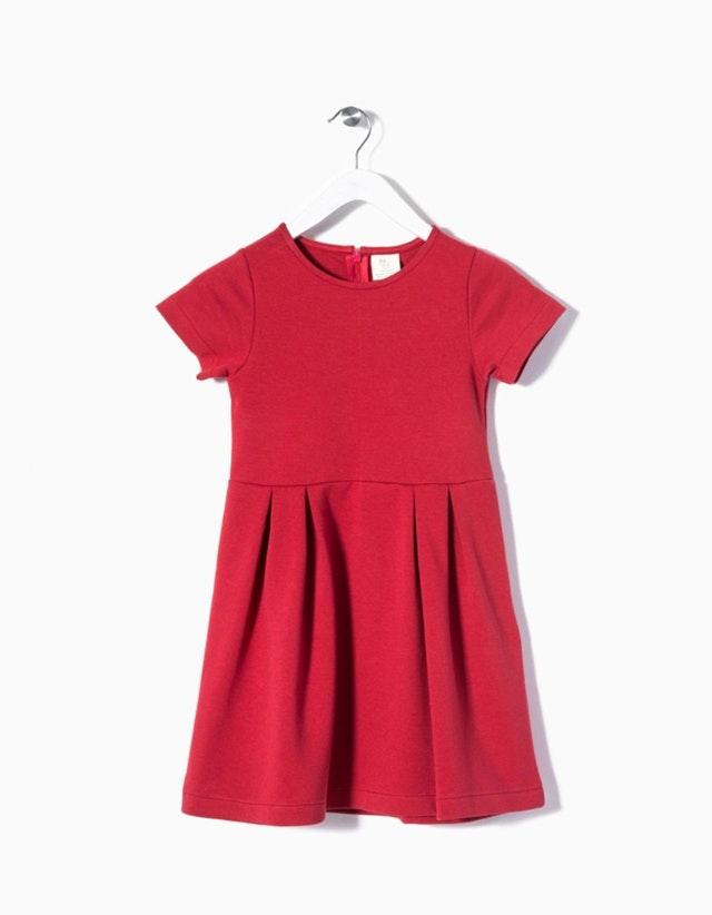 Vestido de Malha com manga curta (14,99€)