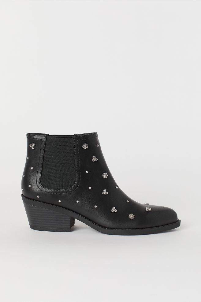 H&M, 29,99€