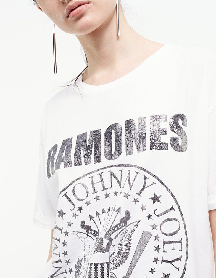 Te contamos las nuevas tendencias en camisetas Stradivarius