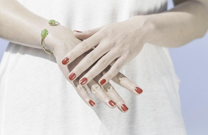 5 recomendaciones para dejar de morderse las uñas