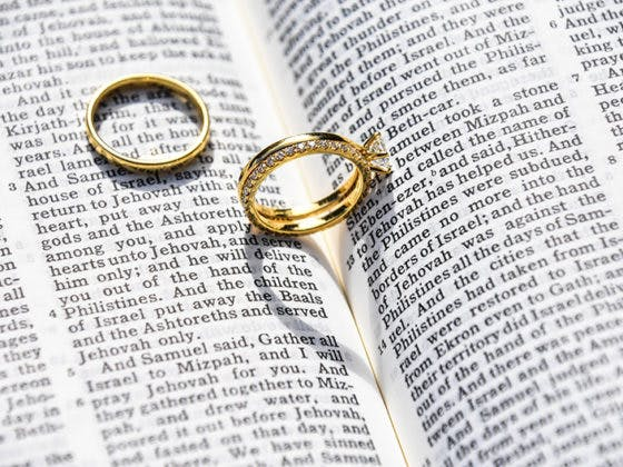 Las 5 invitaciones de boda que dejarán la boca abierta a los invitados