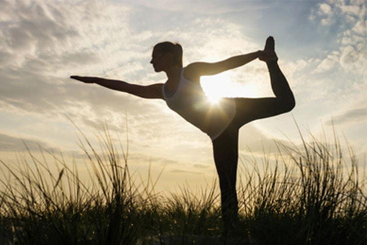 Rutinas de yoga para mejorar nuestra espalda