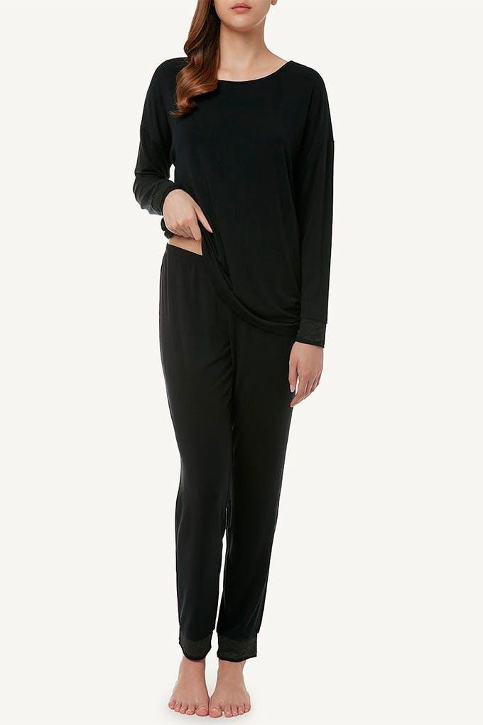 Pijama largo negro