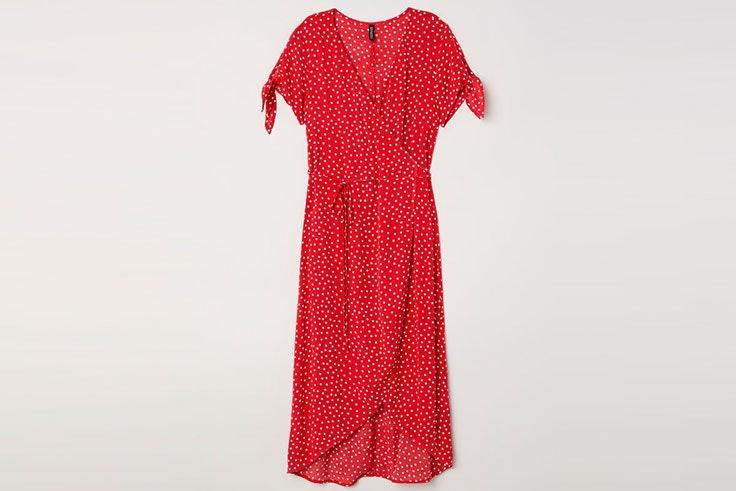 Tendencia estampado lunares en vestidos