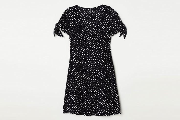 Tendencia estampados lunares en vestidos