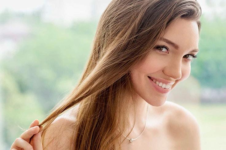 Tratamiento de hidratación para el pelo encrespado