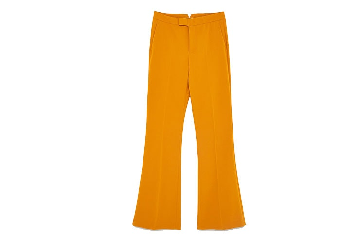 Tendencia de pantalones flare de Zara