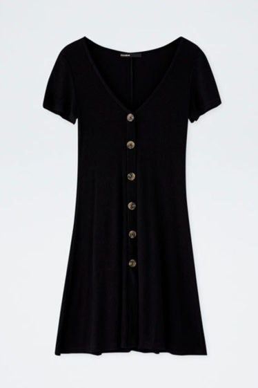 pull_and_bear-vestido-negro-botones-2