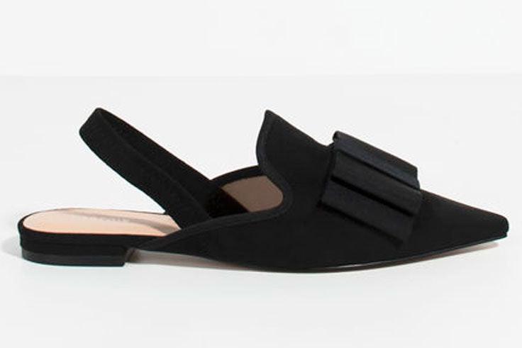 zapatos-punta-negros-lazo-parfois-plazamayor