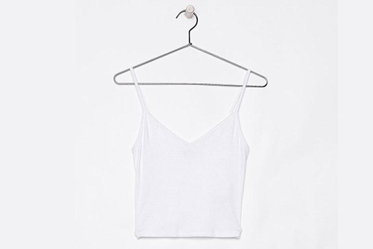 camiseta-blanca-tirantes-bershka