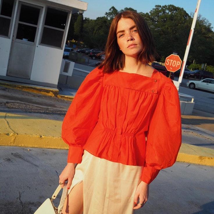 _accidentalinfluencer-blusa-roja-mangas-abullonadas