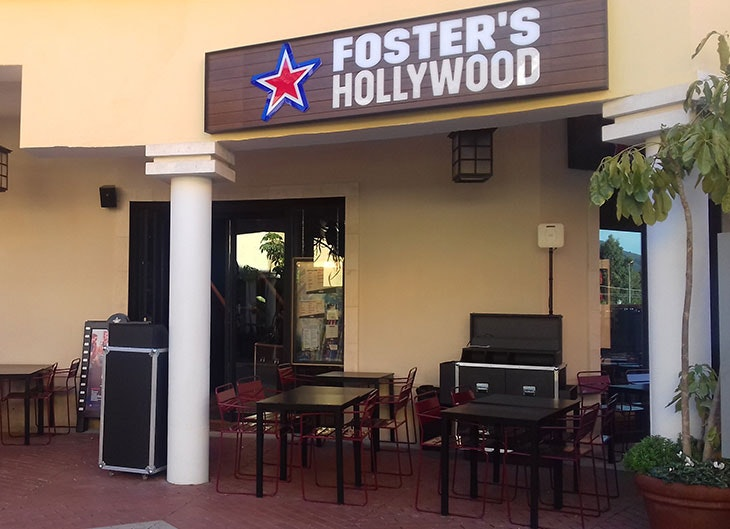 apertura fosters hollywood