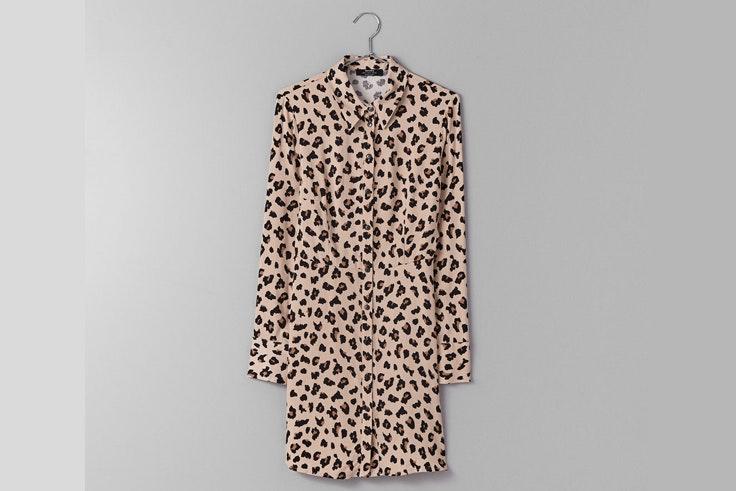 vestido-camisero-bershka-estampado-leopardo-animal-print