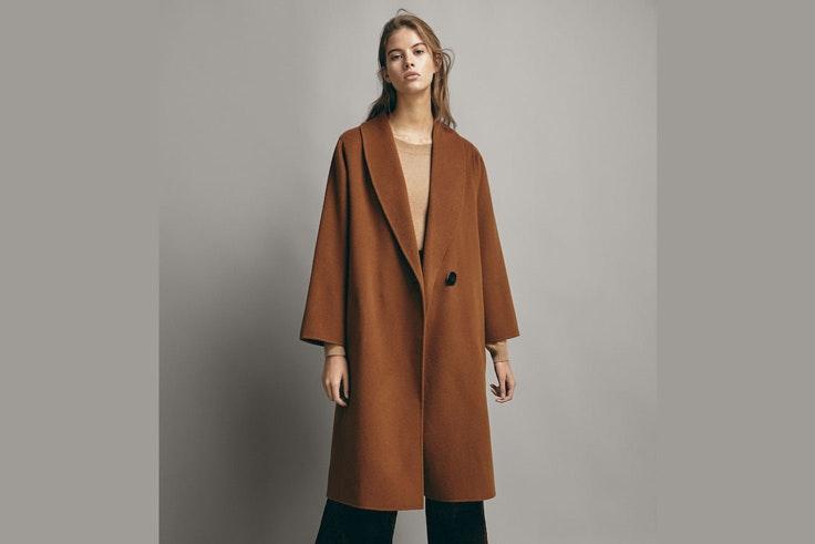 abrigo-marron-largo-massimo-dutti