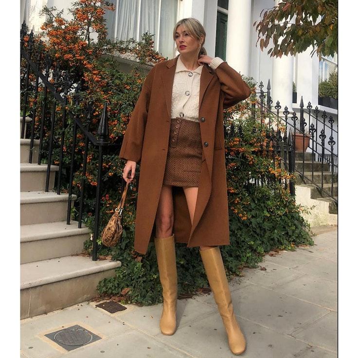 camille-charriere-conjunto-falda-invierno