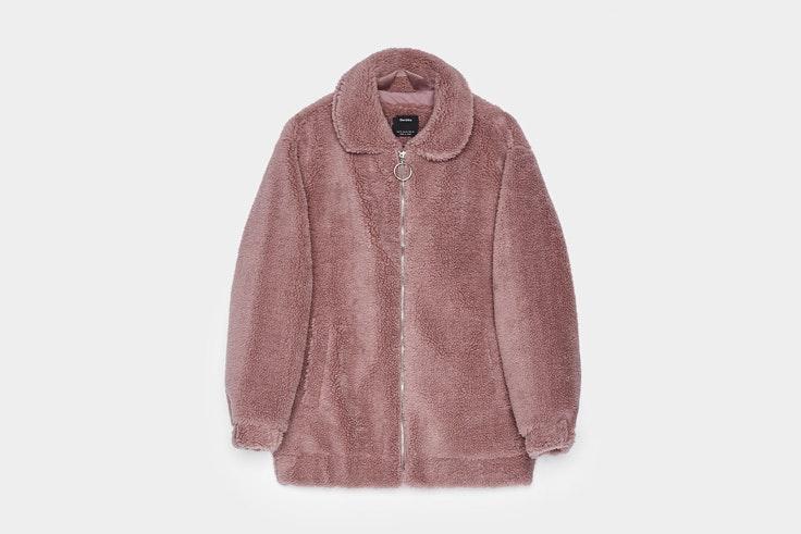 chaqueta-borreguito-rosa-bershka