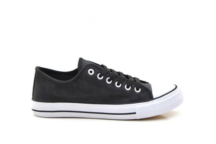 zapatilla-negra-loneta-blanca-converse-tino-gonzalez