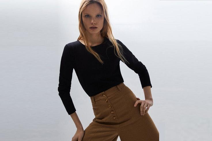 camiseta-negra-manga-larga-massimo-dutti