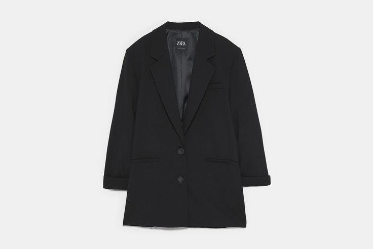 chaqueta-americana-blazer-negra-oversize-zara