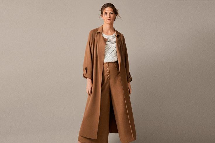 chaqueta-larga-color-camel-massimo-dutti