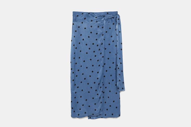 falda-pareo-azul-lunares-zara
