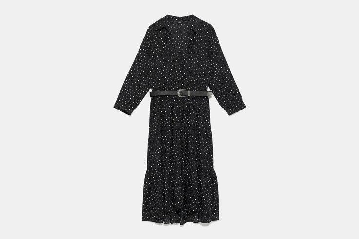 vestido-largo-negro-estampado-lunares-zara