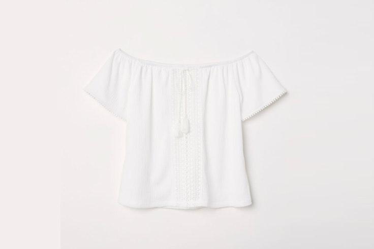 blusa-blanca-hombros-aire-hm