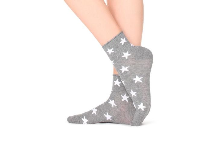 calcetines-estampado-estrellas-gris-calzedonia-3-plazamayor
