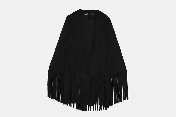 chaqueta-negra-ante-flecos-zara
