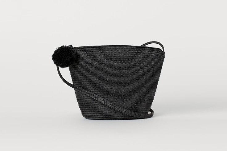 bolsos de rafia color negro hm