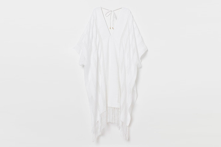 poncho-blanco-hm