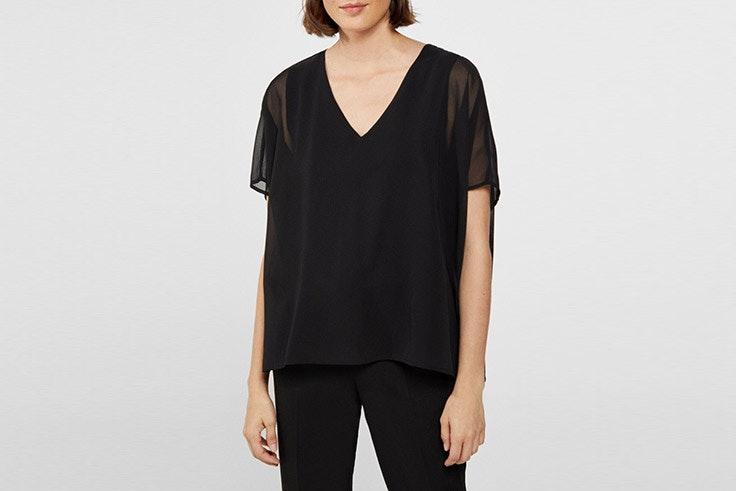 blusa negra cortefiel