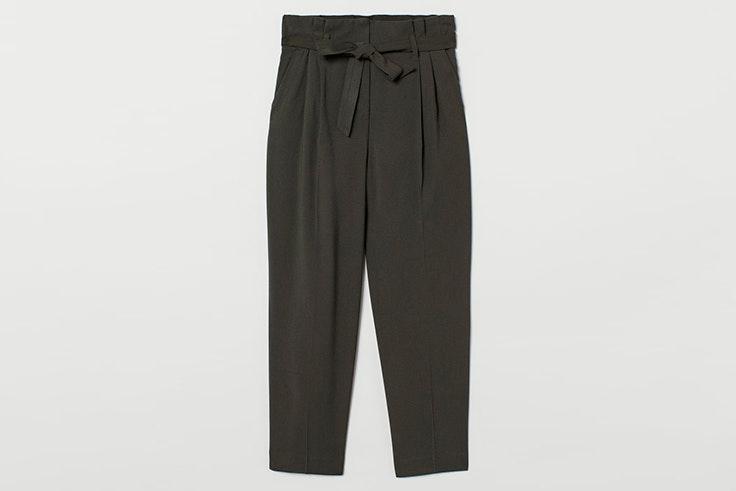 pantalón pinzas cinturón verde militar kaki hm