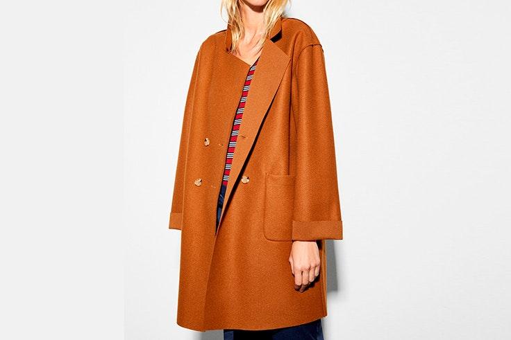 abrigo color marron cortefiel