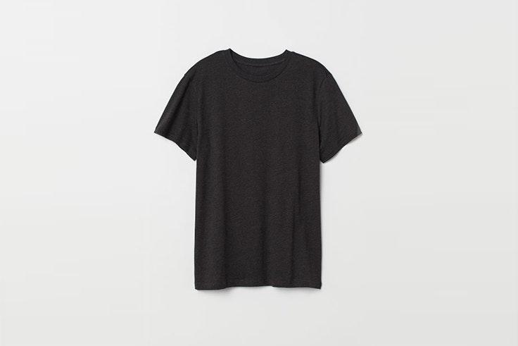 camiseta gris oscuro hym Tomás Páramo