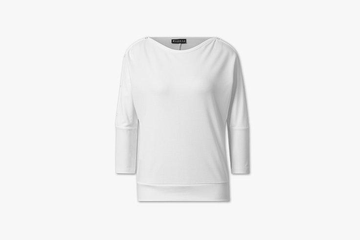 camiseta manga larga blanca con remaches de C&A Iria de @myblueberrynights